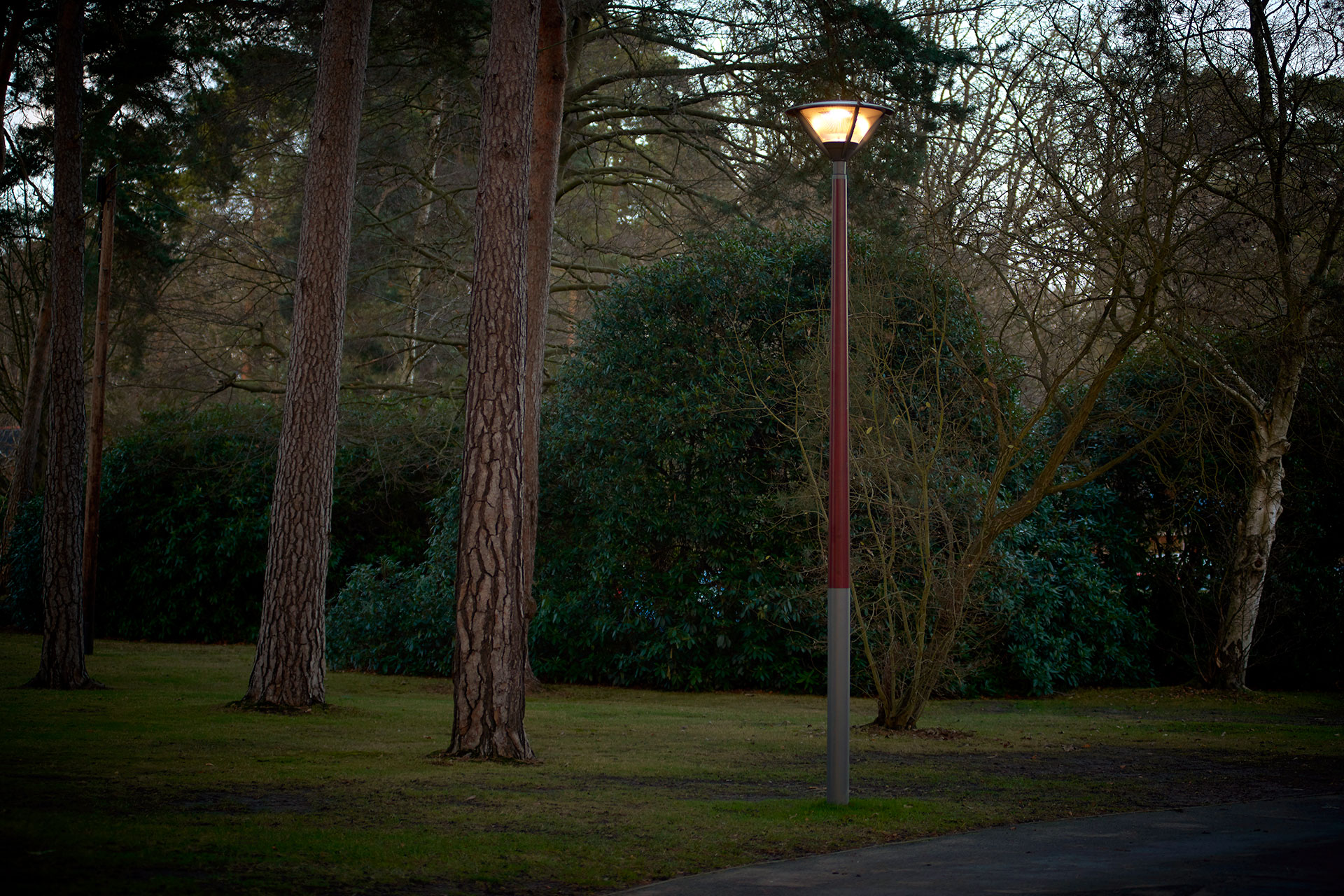 Alura LED luminaire provides a sustainable lighting solution for St Marys Ascot