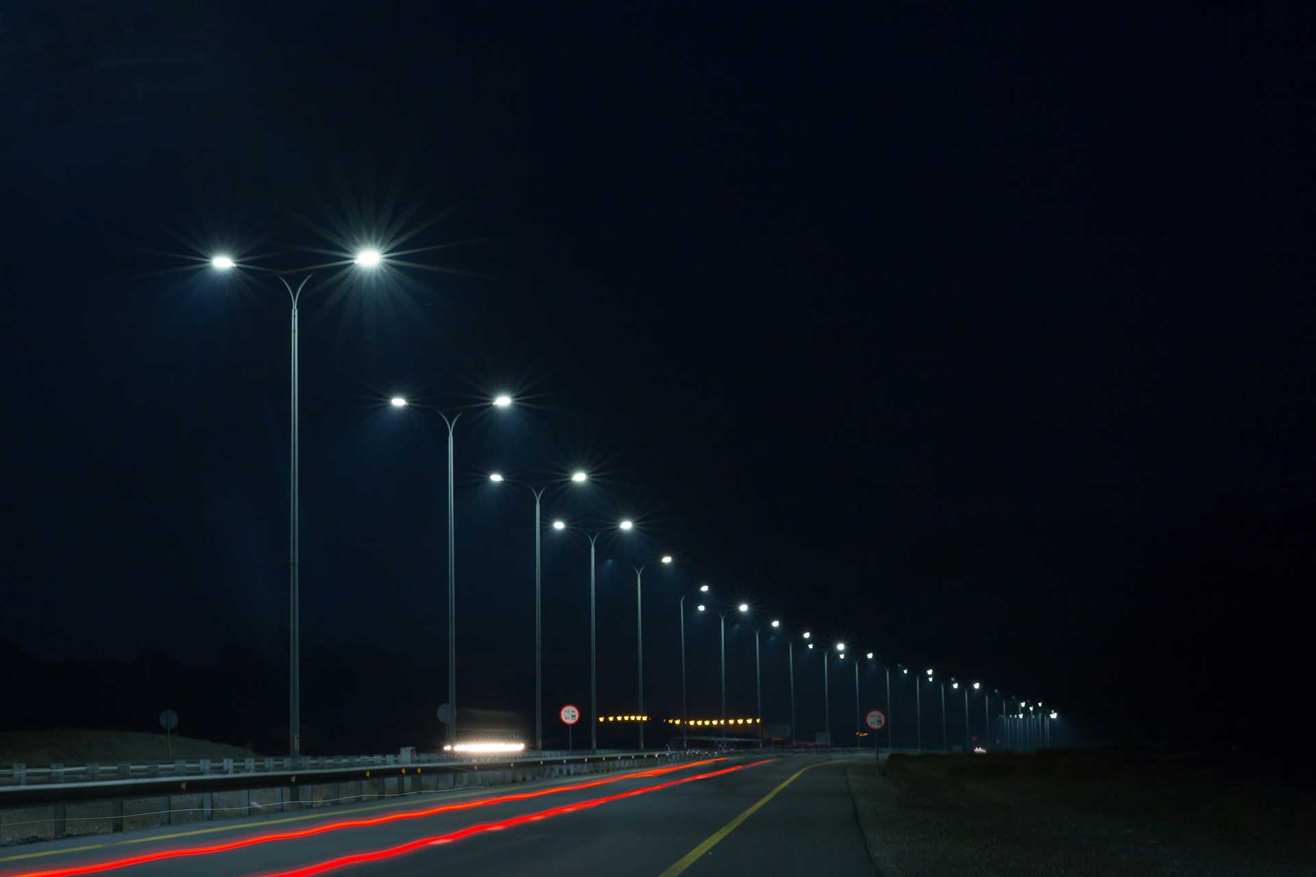 Teceo delivers deliver a white light with a good CRI that provides great visual accuracy on Fakkan Ring Road