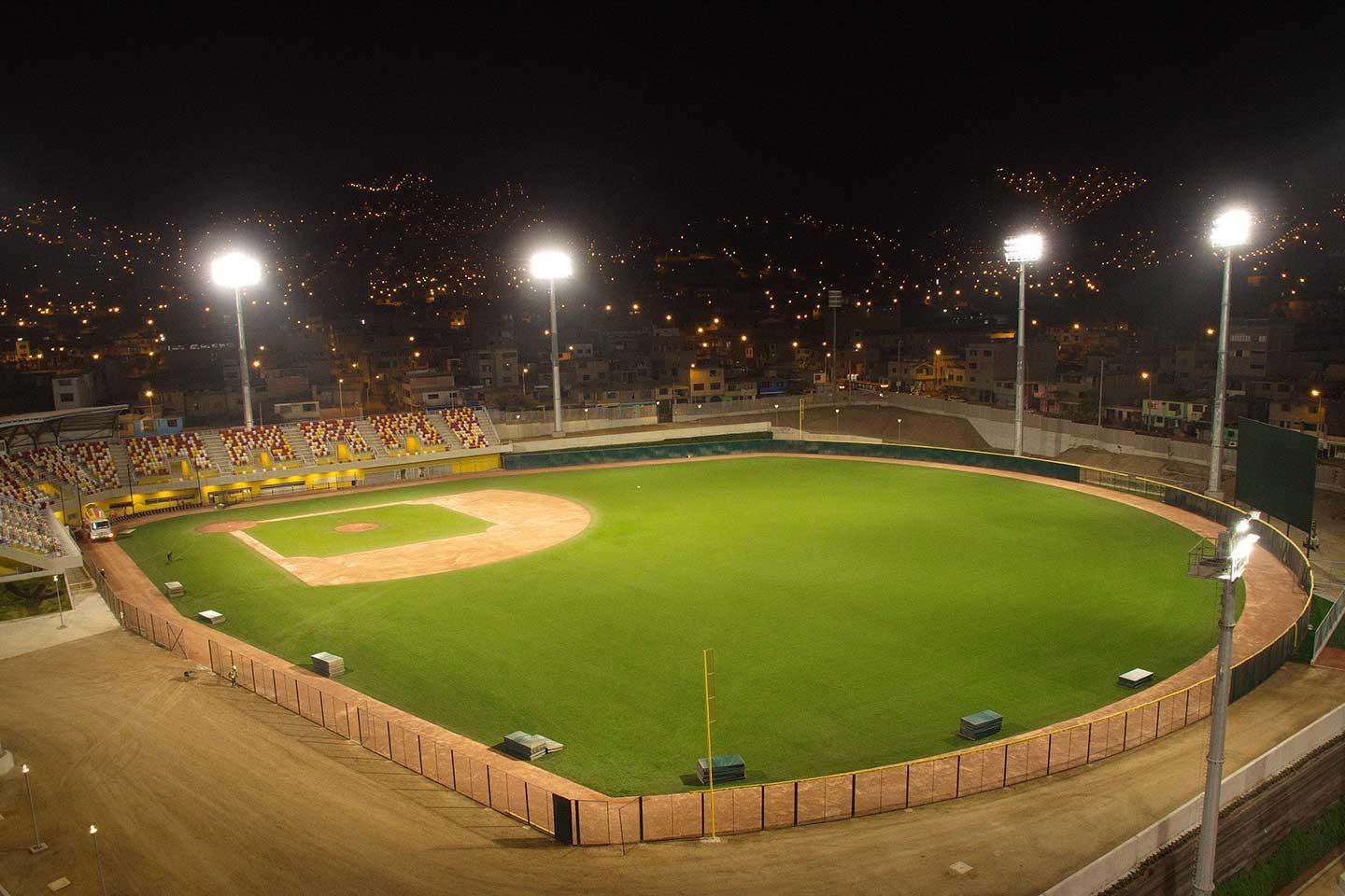 Sustainable lighting for baseball field at Villa María del Triunfo Sports Complex
